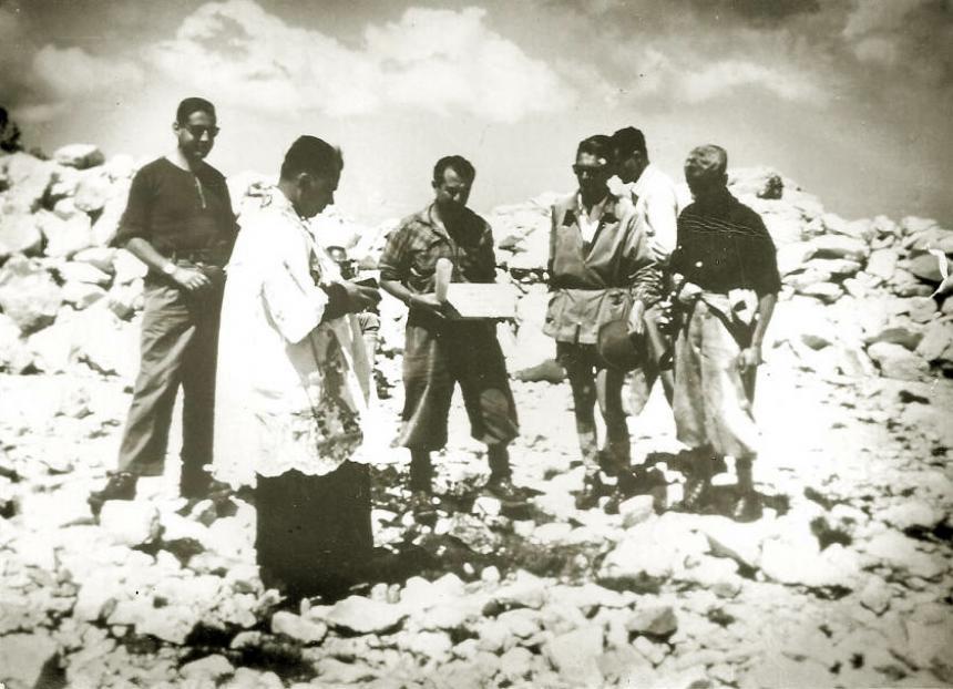 Rifugio Franchetti: posa prima pietra 6 giugno 1958